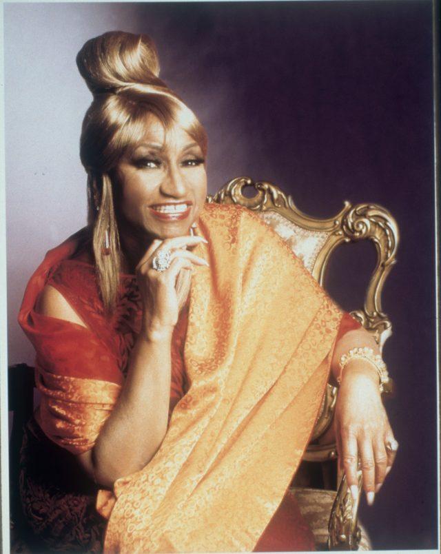 Celia Cruz - Mi Vida Es Cantar